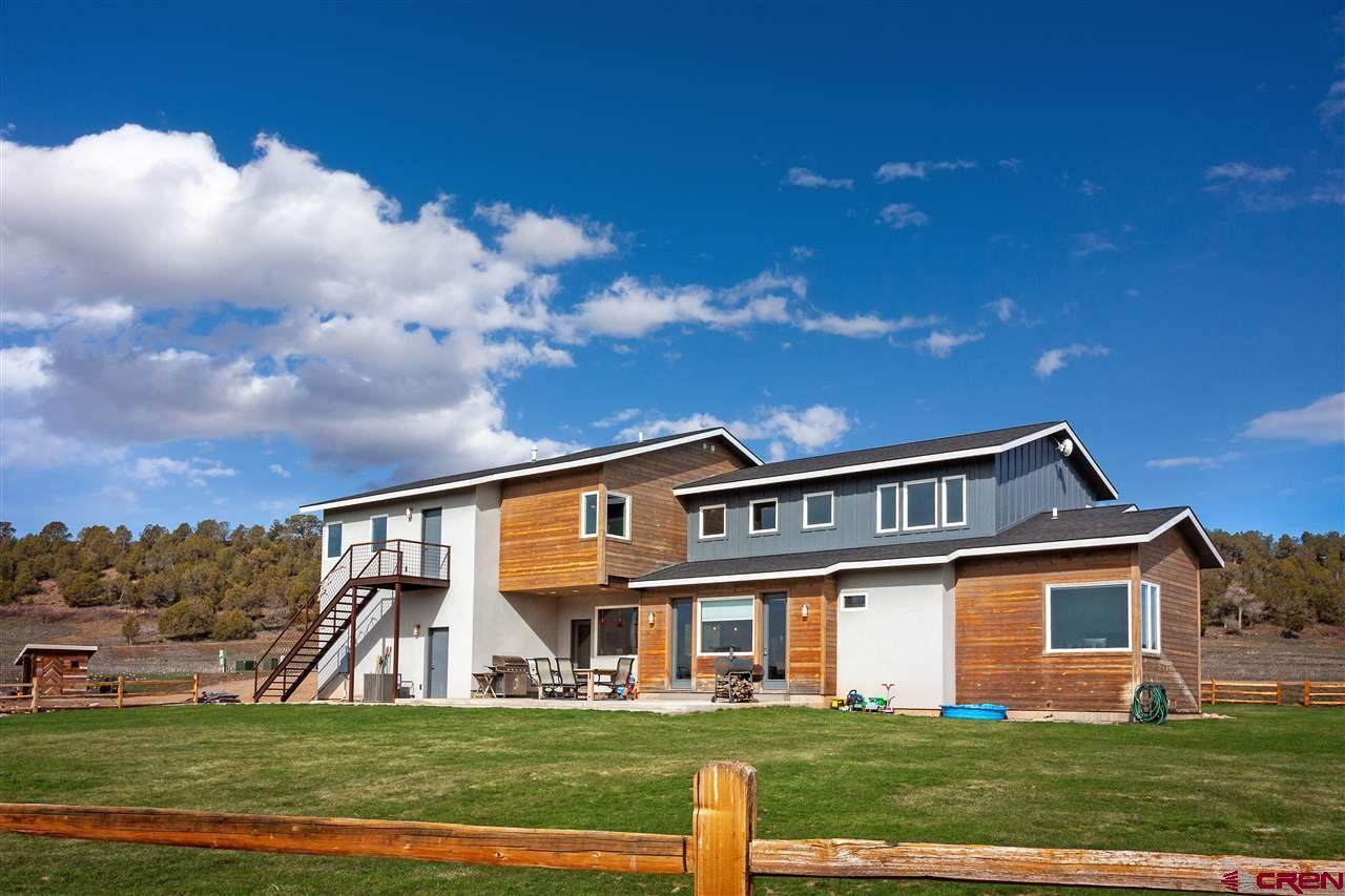 307 Cowboy Trail - Photo 1