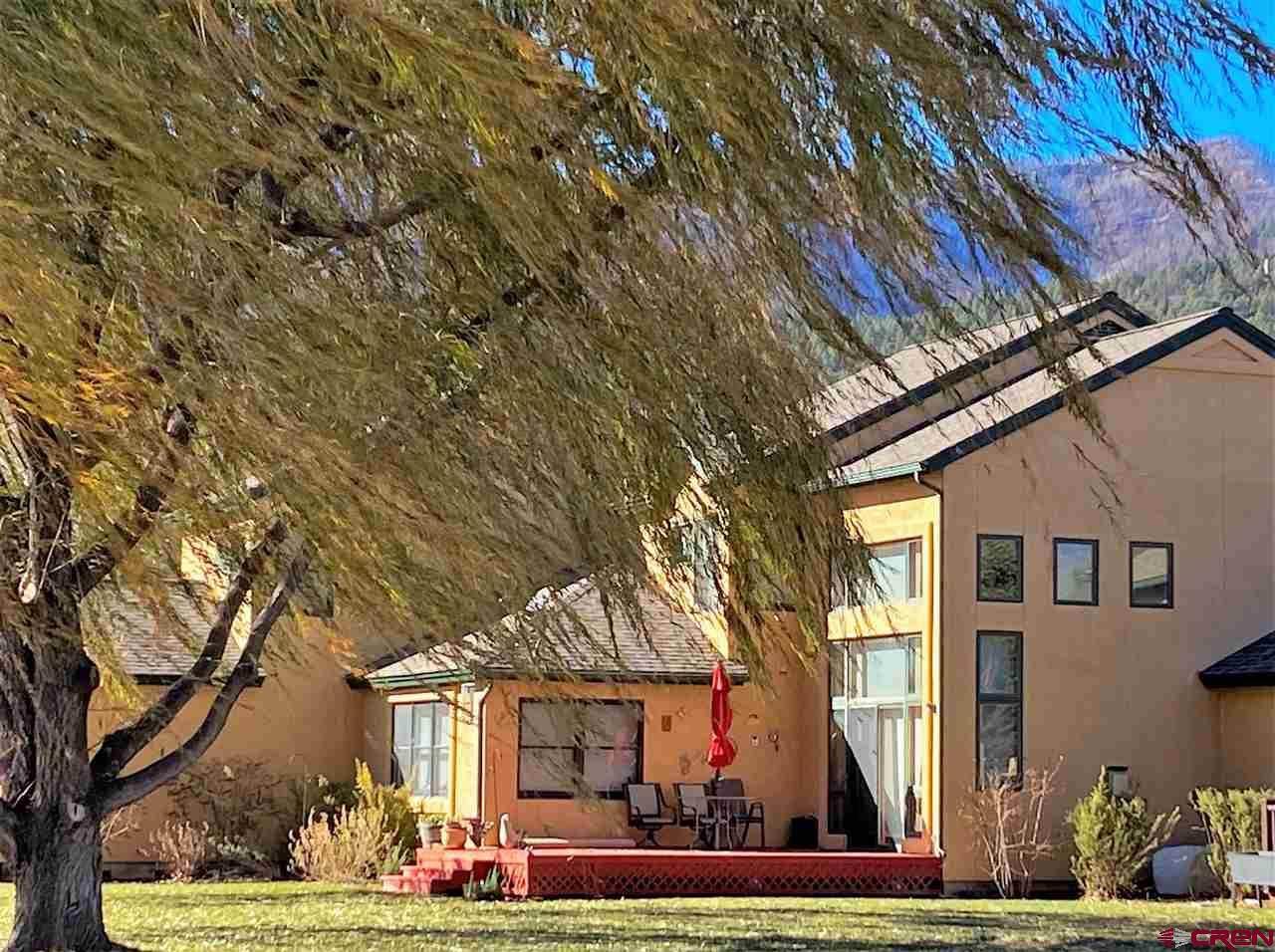 128 Cypress Court - Photo 1