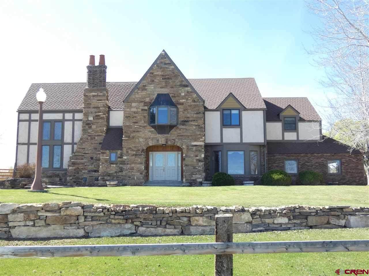 60886 Oak Grove Road - Photo 1