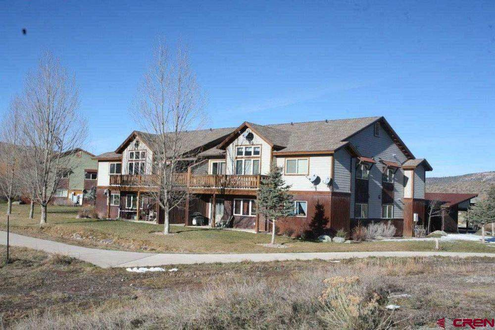 530 Redcliff Drive - Photo 1