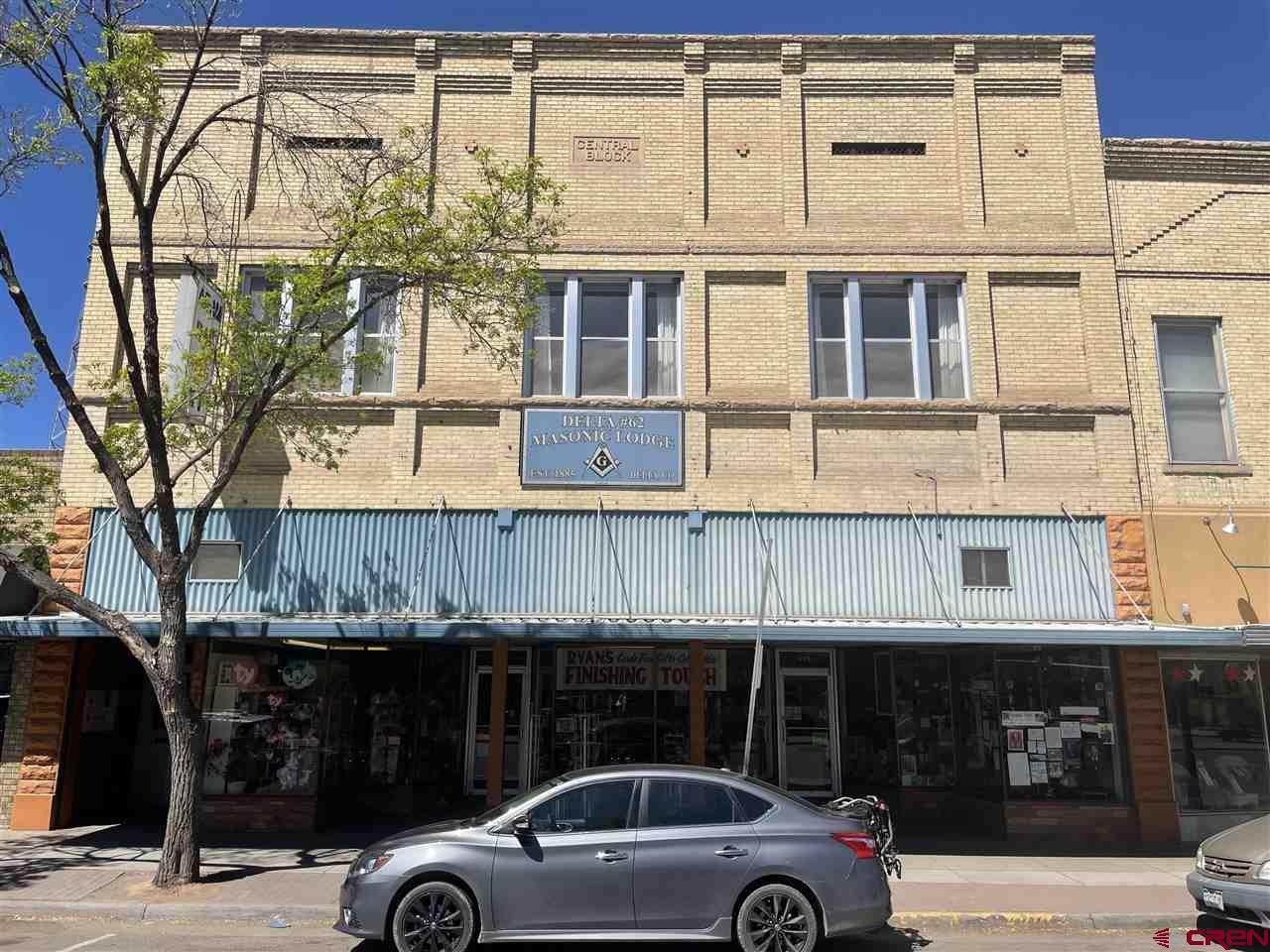 435 & 437 Main Street - Photo 1