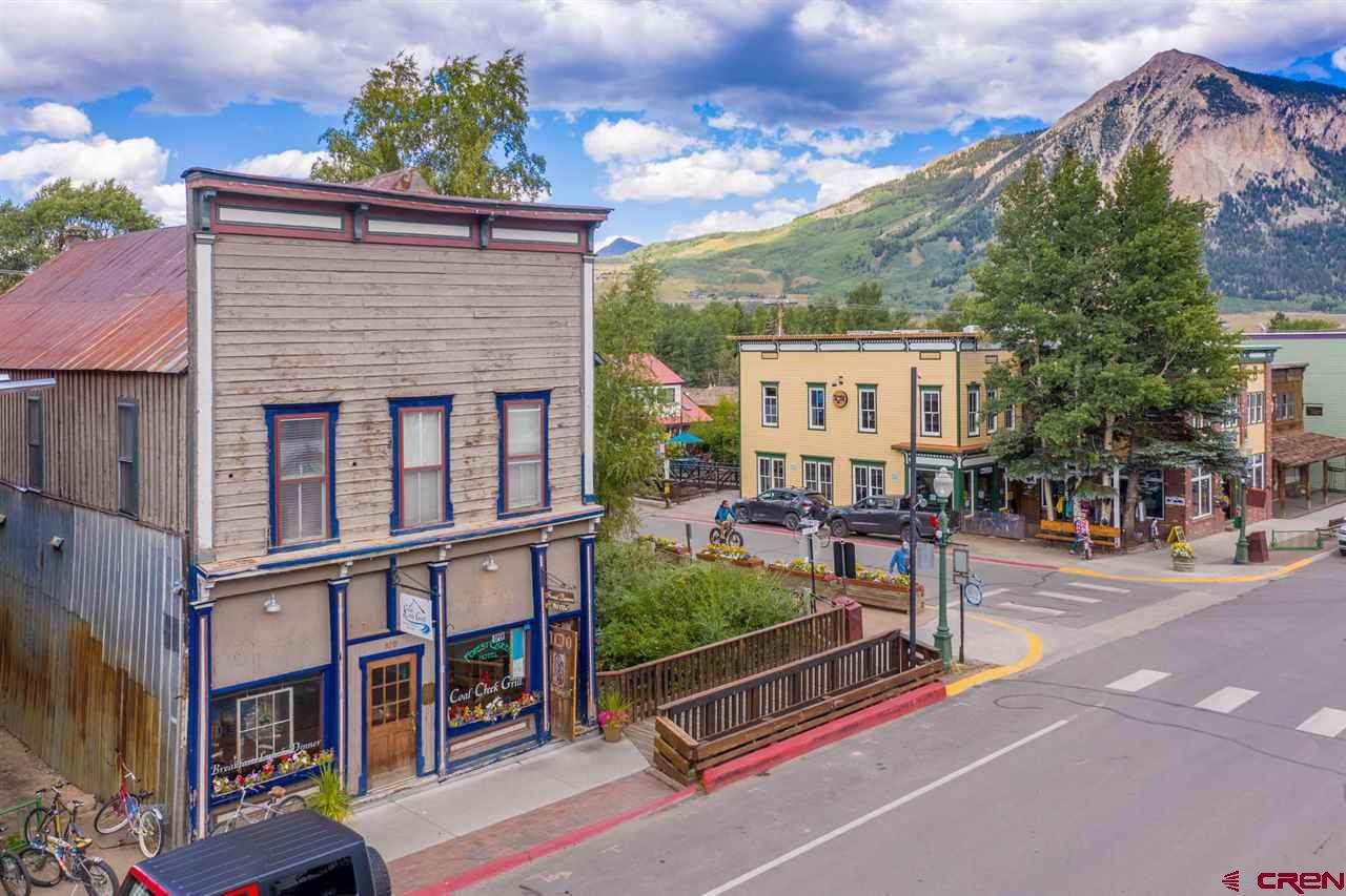 129 Elk Avenue - Photo 1