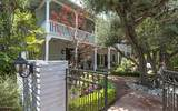 660 Lombardy Place - Photo 1