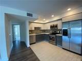 5026 Rosewood Avenue - Photo 4