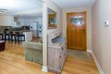 1542 Hobart Drive - Photo 3