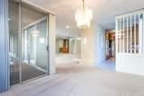 5330 Lindley Avenue - Photo 4