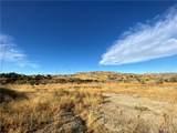 15452 Sierra Hwy - Photo 3