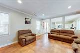 340 Lakeview Court - Photo 4