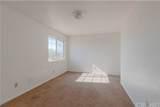 8025 Hemlock Avenue - Photo 8
