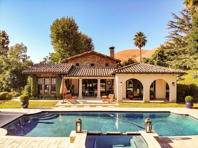 27862 Blythedale Road, Agoura Hills, CA 91301 (#220004491) :: Randy Plaice and Associates