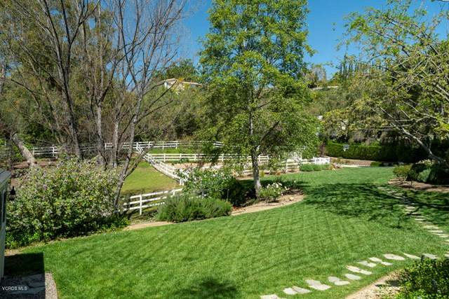 5709 Fairview Place, Agoura Hills, CA 91301 (#220005155) :: Randy Plaice and Associates