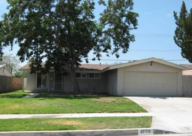 27719 Walnut Springs Avenue, Canyon Country, CA 91351 (#SR20107899) :: SG Associates
