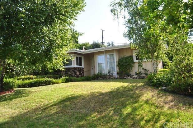 5915 Adler Avenue, Woodland Hills, CA 91367 (#SR20101500) :: Randy Plaice and Associates