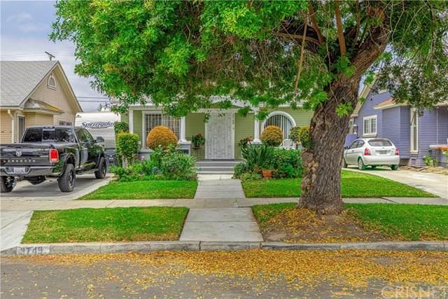 3749 Cimarron Street, Los Angeles, CA 90018 (#SR20116795) :: Randy Plaice and Associates