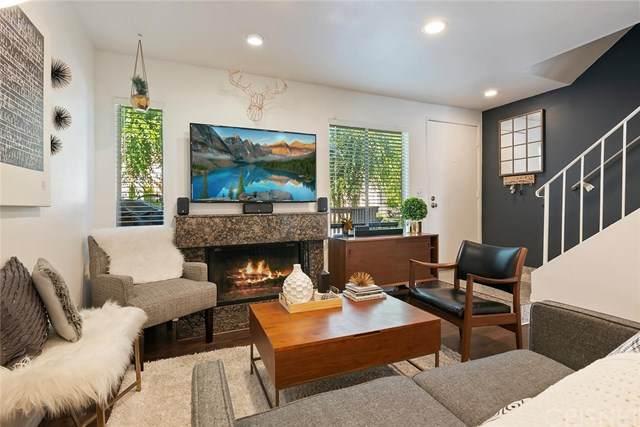 18316 Hatteras Street #10, Tarzana, CA 91356 (#SR20122336) :: SG Associates