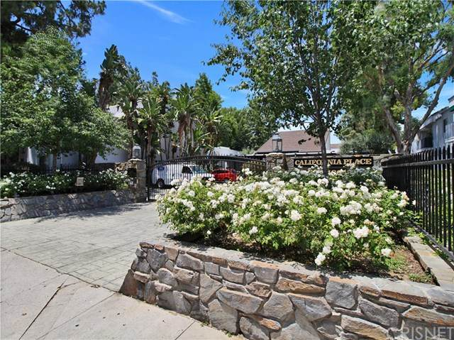 18645 Hatteras Street #220, Tarzana, CA 91356 (#SR20123960) :: SG Associates