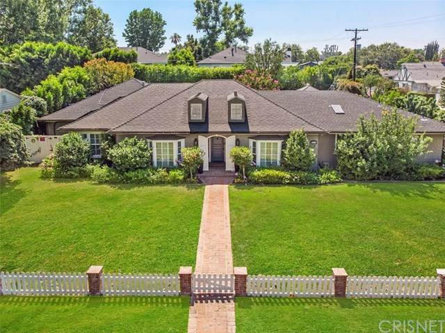 4455 Carpenter Avenue, Studio City, CA 91607 (#SR20123887) :: SG Associates