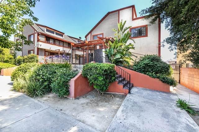 15946 Vanowen Street #103, Lake Balboa, CA 91406 (#820002463) :: Berkshire Hathaway HomeServices California Properties
