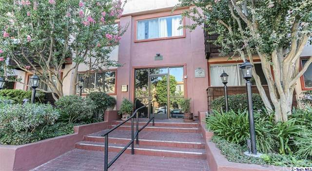 5349 Newcastle Avenue #26, Encino, CA 91316 (#320002222) :: Randy Plaice and Associates