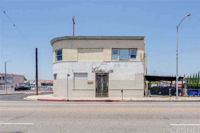 4109 W Pico Boulevard, Los Angeles, CA 90019 (#SR20129552) :: SG Associates