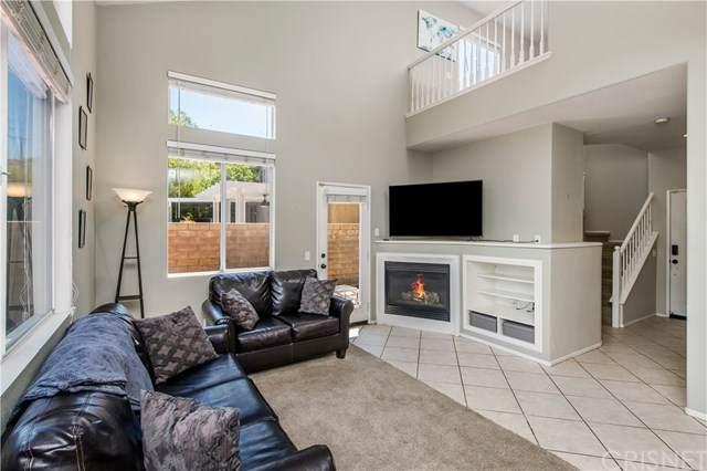 28482 Mayfair Drive, Valencia, CA 91354 (#SR20130109) :: HomeBased Realty
