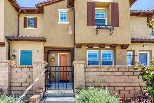 28706 Jardineras Drive, Valencia, CA 91354 (#SR20129376) :: HomeBased Realty