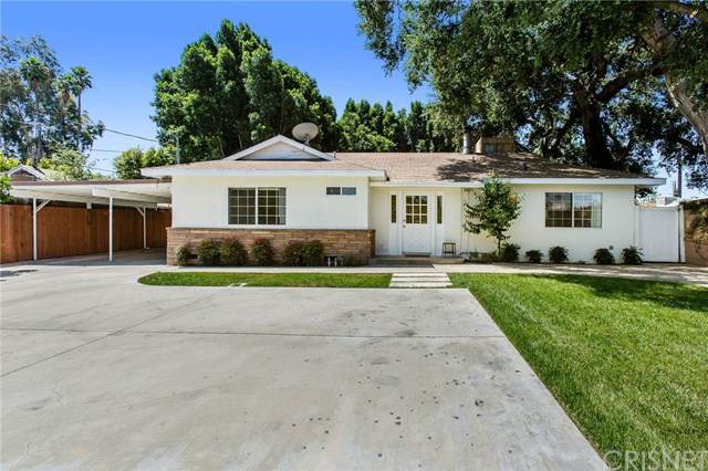 22748 Oxnard Street, Woodland Hills, CA 91367 (#SR20131572) :: Randy Plaice and Associates