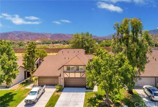 16834 Shinedale Drive, Canyon Country, CA 91387 (#SR20134029) :: HomeBased Realty