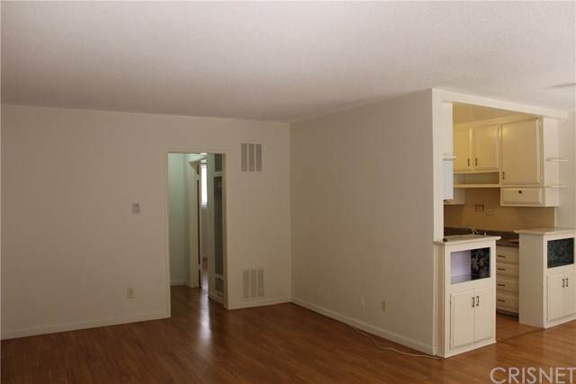7518 Lexington Avenue - Photo 1
