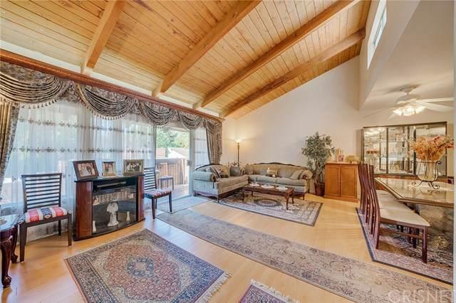 18350 Hatteras Street #240, Tarzana, CA 91356 (#SR20135527) :: Randy Plaice and Associates
