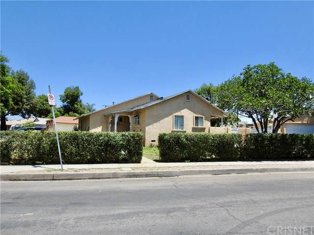 10340 Orion Avenue, Mission Hills (San Fernando), CA 91345 (#SR20134620) :: SG Associates