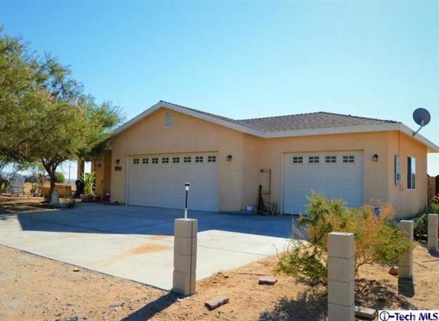 10240 Redwood Boulevard, California City, CA 93505 (#320002421) :: Randy Plaice and Associates