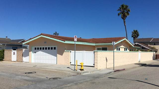 4901 Coral Way, Oxnard, CA 93035 (#V0-220007659) :: Compass