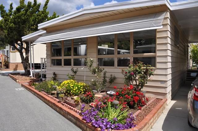 11401 Topanga Canyon Boulevard #89, Chatsworth, CA 91311 (#220007679) :: Randy Plaice and Associates