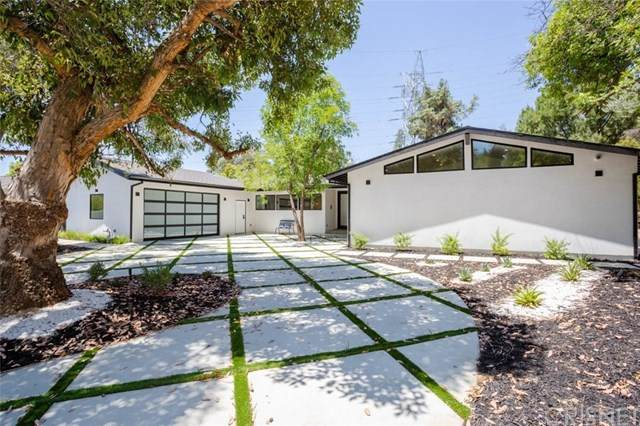 4648 Cerro Verde Place, Tarzana, CA 91356 (#SR20153100) :: Randy Plaice and Associates