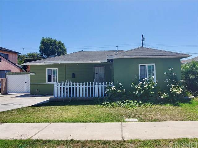 1052 Torrance Boulevard, Torrance, CA 90502 (#SR20153438) :: Randy Plaice and Associates