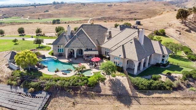 8200 Middle Ranch Road, Moorpark, CA 93021 (#220008206) :: Lydia Gable Realty Group