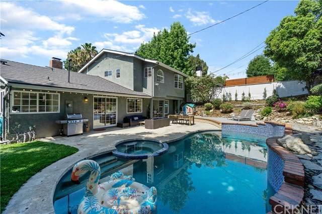 3827 Los Amigos Street, Glendale, CA 91214 (#SR20156230) :: Randy Plaice and Associates