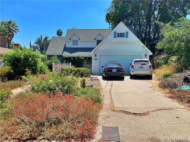 17642 Kingsbury Street, Granada Hills, CA 91344 (#SR20158512) :: TruLine Realty