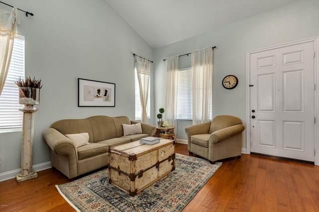 879 Coronado Circle, Santa Paula, CA 93060 (#220008424) :: Randy Plaice and Associates