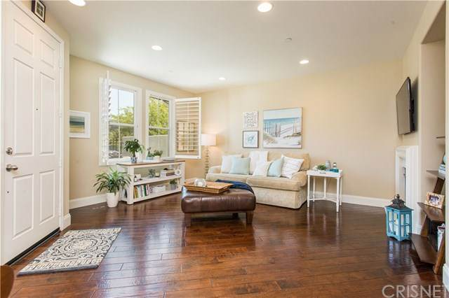 272 Via Antonio, Newbury Park, CA 91320 (#SR20155206) :: HomeBased Realty
