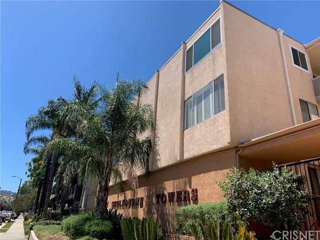 5429 Newcastle Avenue #203, Encino, CA 91316 (#SR20160374) :: Randy Plaice and Associates