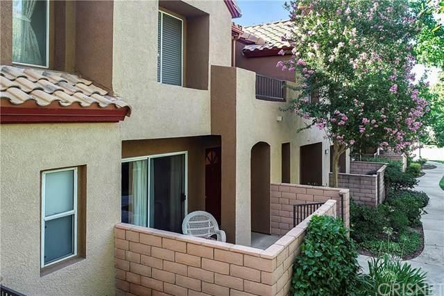 22633 Copper Hill Drive #96, Saugus, CA 91350 (#SR20162375) :: Randy Plaice and Associates