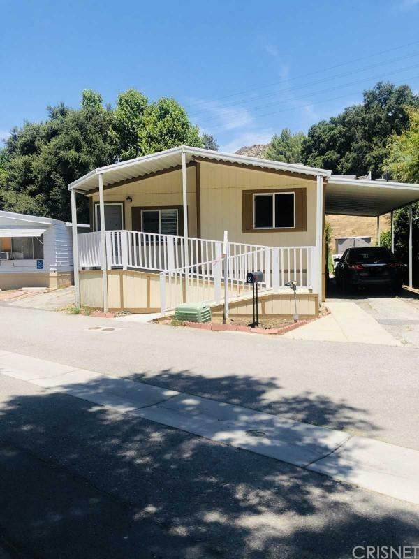 23500 The Old Rd #8, Newhall, CA 91321 (#SR20166323) :: TruLine Realty