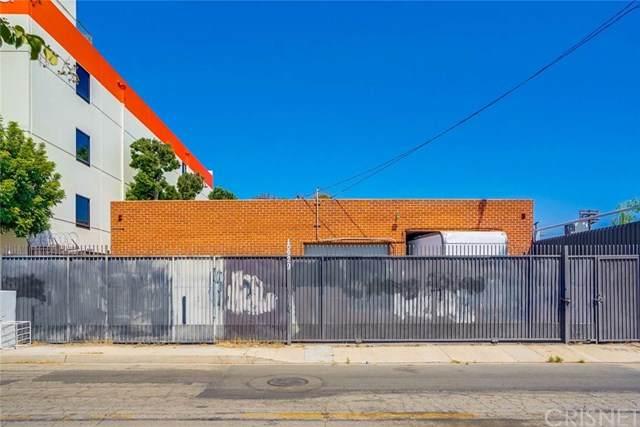 10929 Chandler Boulevard - Photo 1