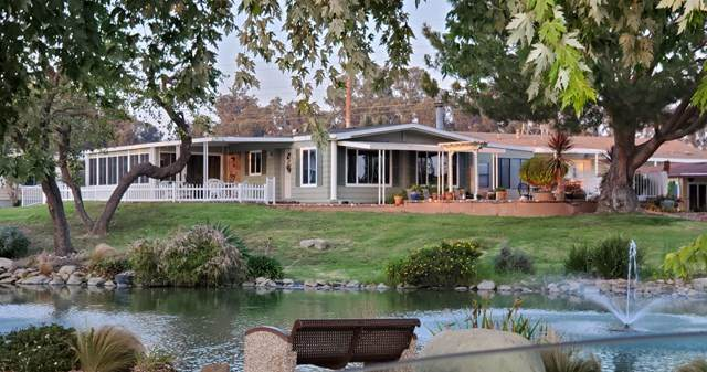136 Dickens Circle #136, Ventura, CA 93003 (#V1-1189) :: Randy Plaice and Associates