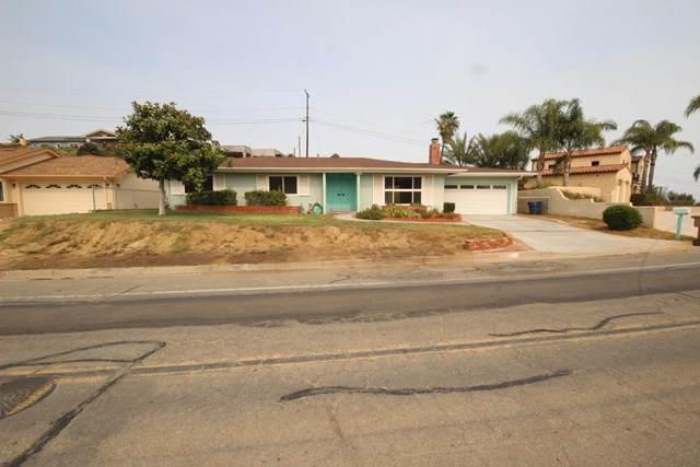 277 Via Pasito, Ventura, CA 93003 (#V1-1231) :: Compass
