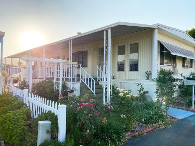 1500 Richmond Road #62, Santa Paula, CA 93060 (#V1-1362) :: Compass