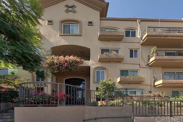 1255 Federal Avenue #201, Los Angeles, CA 90025 (#SR20196906) :: Compass