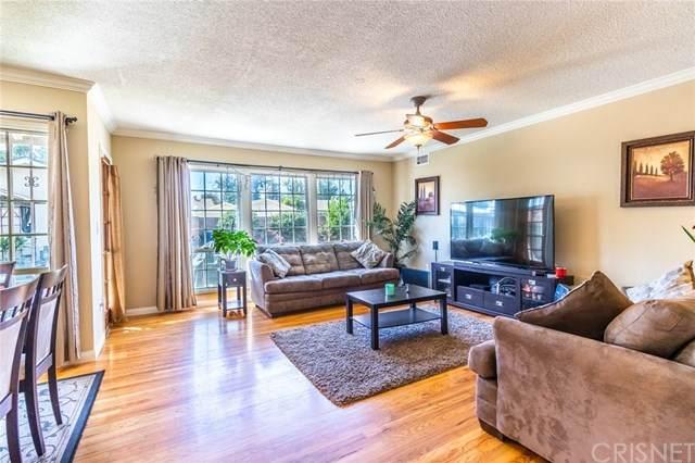 9233 Woodley Avenue, North Hills, CA 91343 (#SR20196770) :: Compass